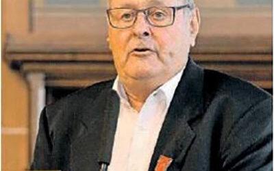 Wolfgang Gelff erhält die Bundesverdienstmedaille